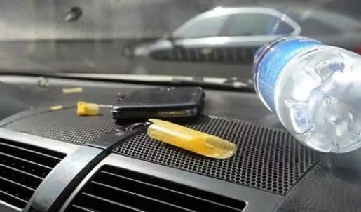 【天娇用车学】暴晒后的汽车究竟有多毒?超乎你想象